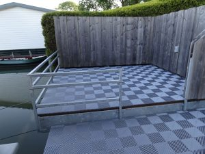 Nieuwe Ribdeck terrasvloer